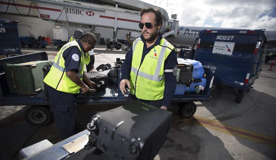 American Airlines Slashes Board Bag Fees The Inertia