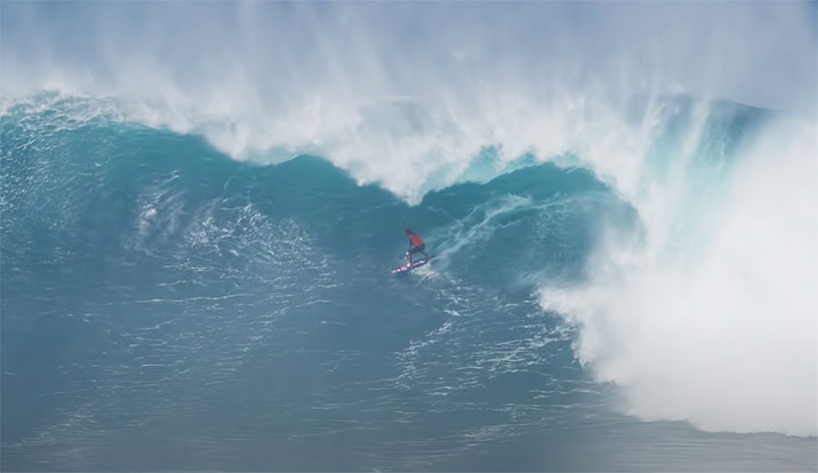 Kai Lenny Breaks Down How He Found Himself Inside 'the Tallest, Widest Barrel' He's Ever Been in at Jaws