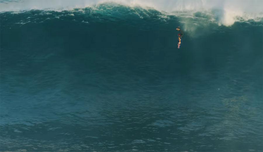 Kai Lenny Blows Minds In Huge Conditions At The Gigantes de Nazaré Big Wave Event