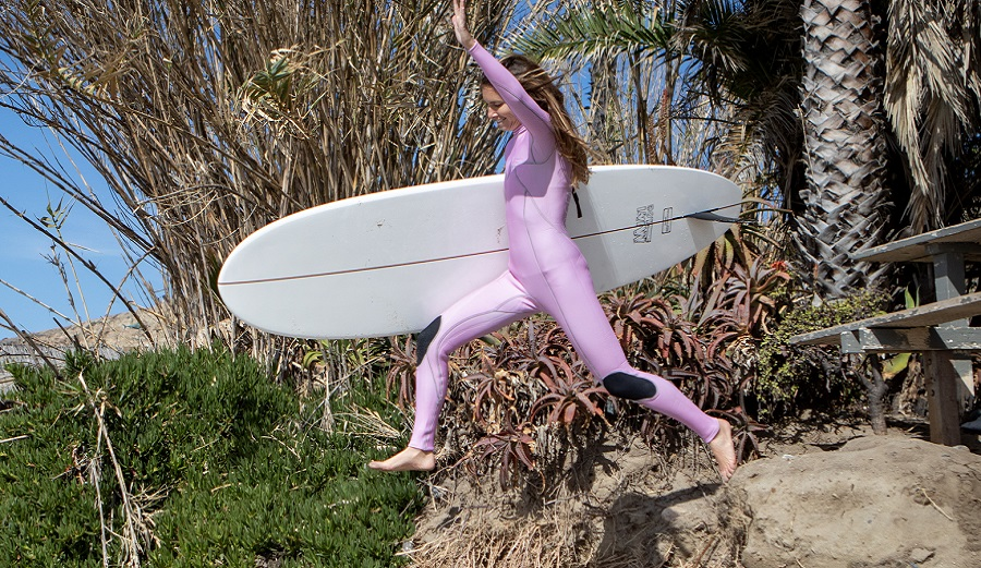 We Reviewed The Best Women's Wetsuits for Surfing in 2021 | The Inertia