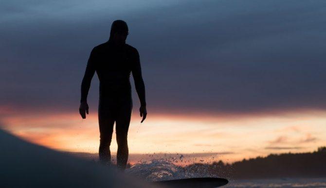 Jaimal Yogis Surfing Sillhouette Hooded Wetsuit