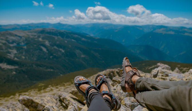 hiking in romania unsplash